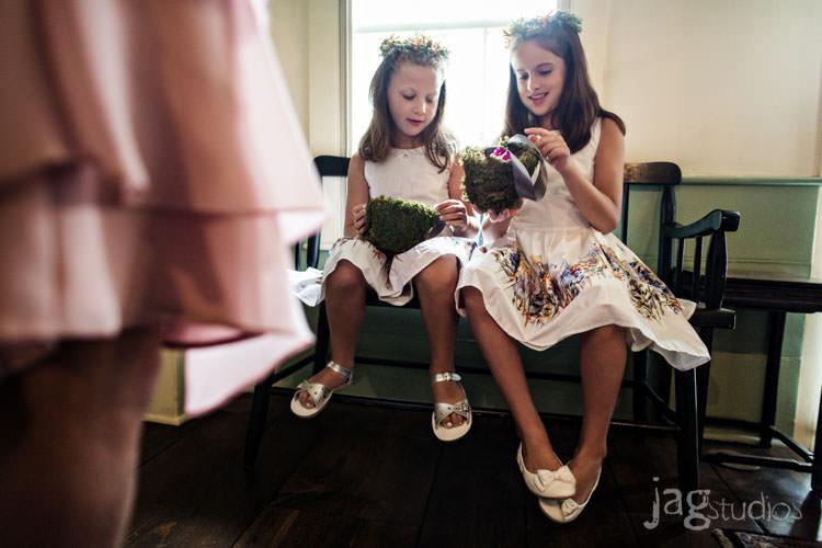 charming luxury-winvian-samesex-barn-wedding-summer-jewish-jagstudios-photography-021