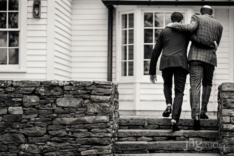 charming luxury-winvian-samesex-barn-wedding-summer-jewish-jagstudios-photography-032