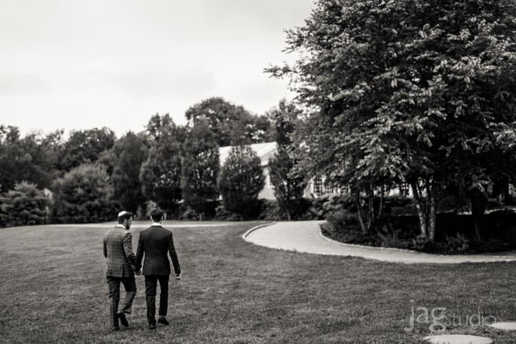 charming luxury-winvian-samesex-barn-wedding-summer-jewish-jagstudios-photography-037
