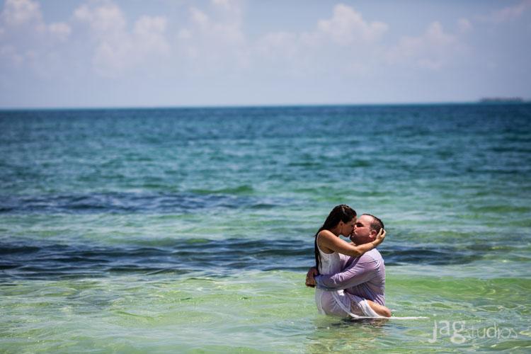 destination-mexico-portraits-jagstudios-photography-excellence-resort-brittany-josh-005