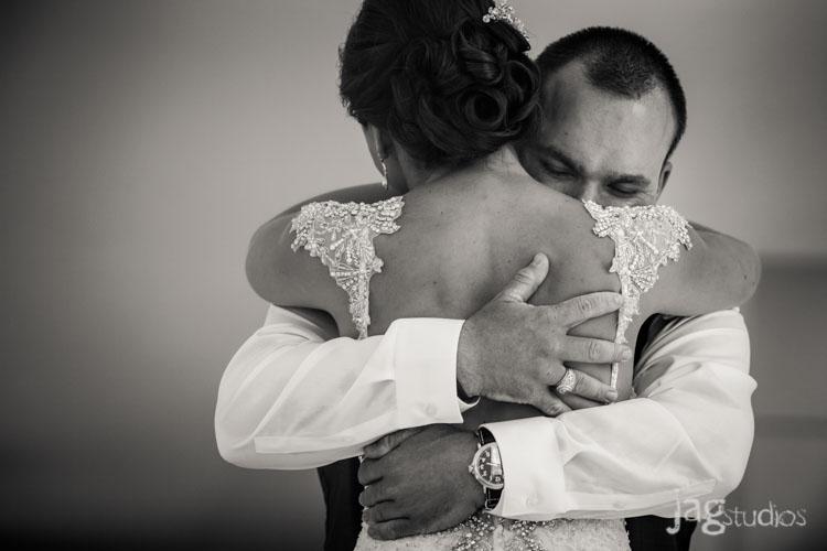 destination-mexico-wedding-jagstudios-photography-excellence-resort-brittany-josh-009