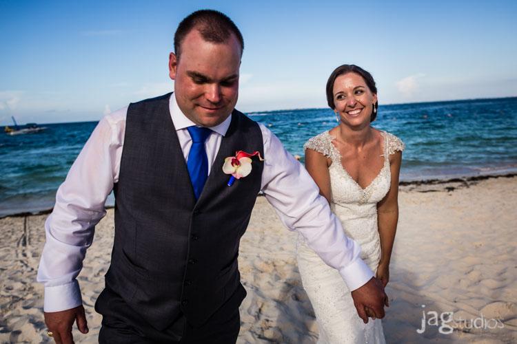 destination-mexico-wedding-jagstudios-photography-excellence-resort-brittany-josh-018