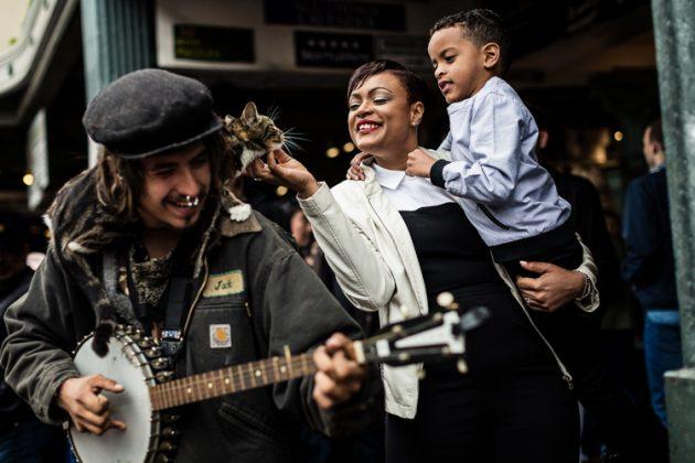 Seattle Market | Destination Portraits | Hall Family